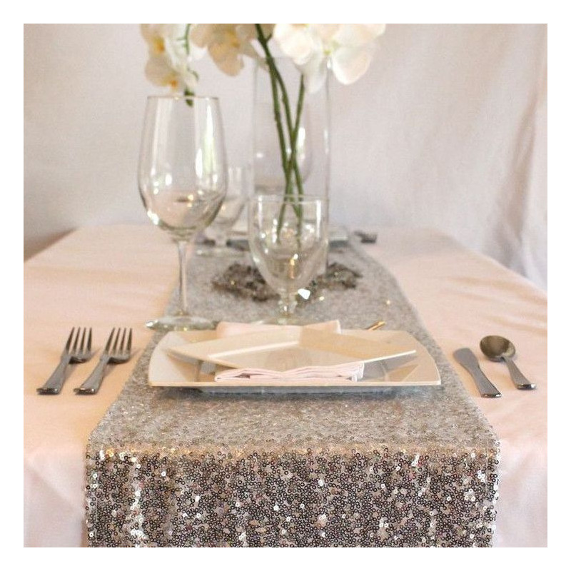 chemin de table sequins argent. Black Bedroom Furniture Sets. Home Design Ideas