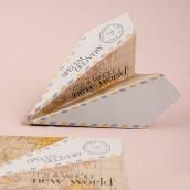 Les avions en papier à messages