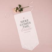 La bannière Here comes the bride classique