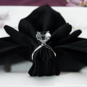 Le rond de serviette diamant en verre