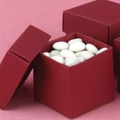 La boite à dragées cube rouge (par 25)