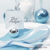 Le marque-place boule argentée