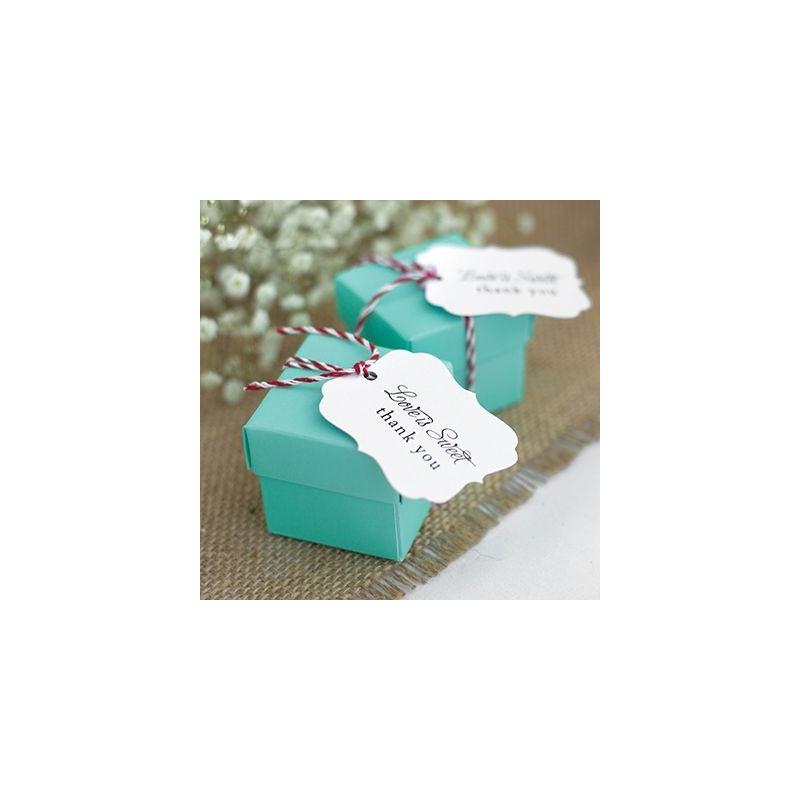 boite dragees cube vert cadeau invit s. Black Bedroom Furniture Sets. Home Design Ideas