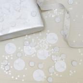 Les confettis blanches et argent