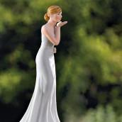 La figurine mariée baiser volé pour pièce montée
