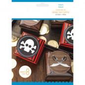 Les 8 boîtes à dragées pirates
