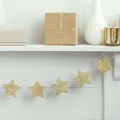 La guirlande d'étoile en bois