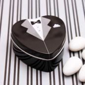 La boîte à dragées marié costume