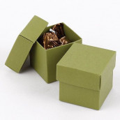 La boite à dragées cube vert olive (par 25)