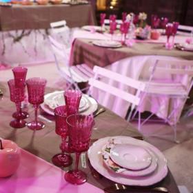 La décoration de mariage rose et taupe (Mariés au premier regard)
