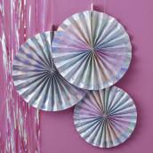 Les cocardes en papier iridescent