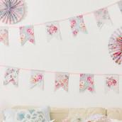 Le guirlande de fanions romantique floral