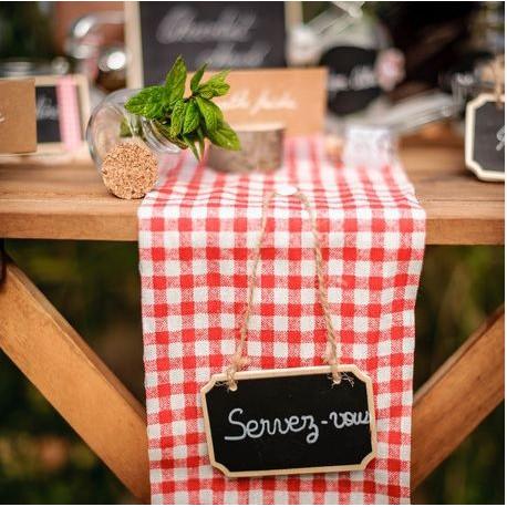 Chemin de table carreaux rouges campagnard - Serviette de table carreaux ...