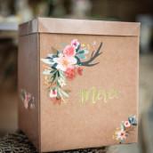 L'urne de mariage kraft et fleurs