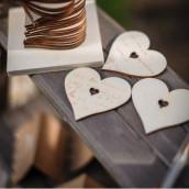 Coeurs en bois à messages sur socle