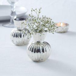 Le vase en verre mercurisé argent
