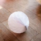 La boule papier alvéolée 20cm