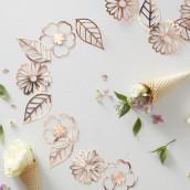 La guirlande de fleurs en carton cuivre
