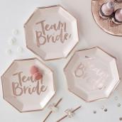 Les assiettes en carton team bride