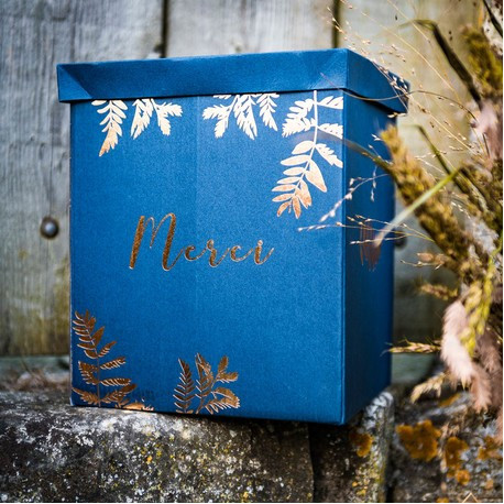 L'urne de mariage bleu marine fougère