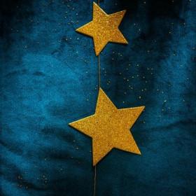 Le chemin de table bleu paon velours