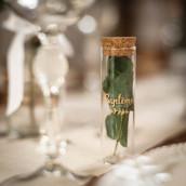 L' éprouvette à dragées en verre baptême