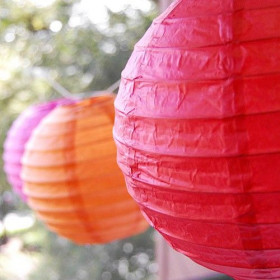Le Lampion Boule en Papier -20 coloris