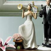 La figurine de mariage mariée supportrice comique