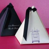 La boîte à dragées pyramide personnalisée