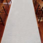 Le tapis d'église blanc