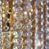 La guirlande de faux cristal