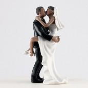 La figurine baiser fougueux couple noir