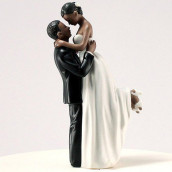 La figurine romance couple noir