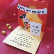 Décoration de mariage sur le thème Walt Disney : faire part Mickey Mouse