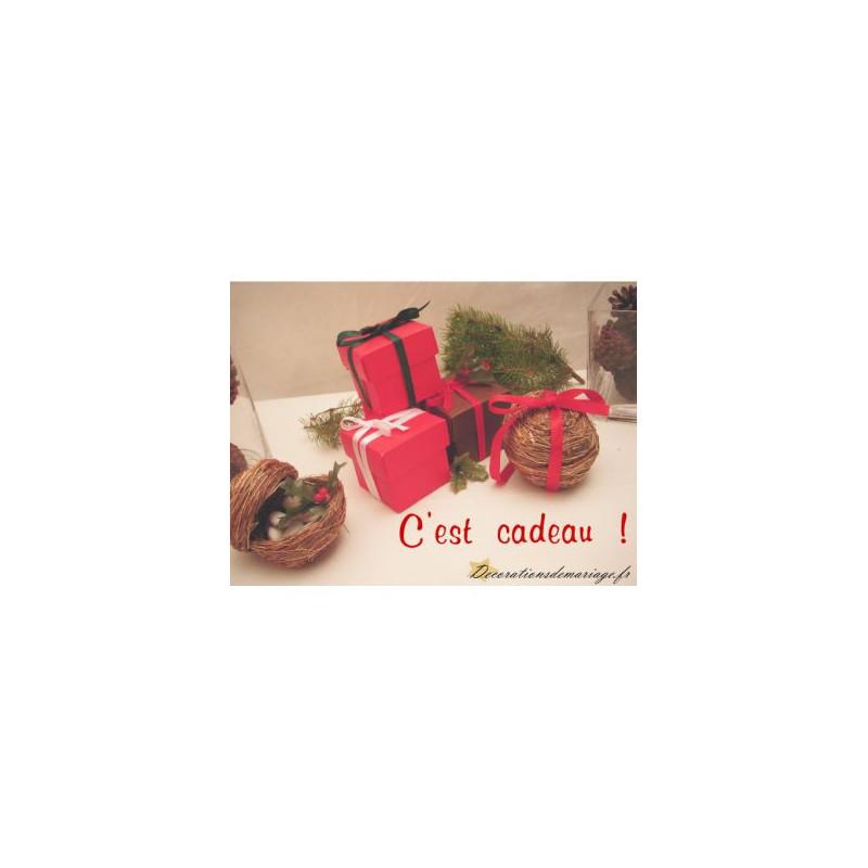 Deco table de noel rouge et nature - Decoration de noel theme nature ...