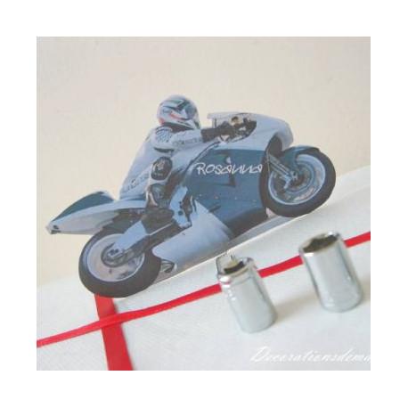 Décoration de mariage sur le thème de la moto: Marque place moto et menu compteur