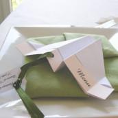 Décoration de mariage sur le thème du vent : menu avion