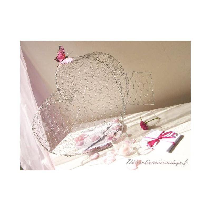 urne mariage coeur en grillage. Black Bedroom Furniture Sets. Home Design Ideas
