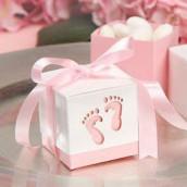 Les 12 boîtes à dragées pied bébé rose