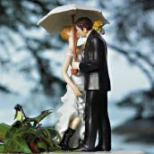 La figurine mariage sous la pluie