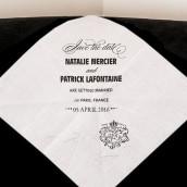 Le mouchoir personnalisé sceau royal