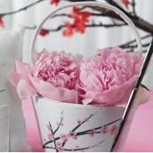 Le panier à pétales fleur de cerisier