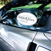 Le sticker personnalisé initiale pour voiture des mariés