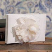 Le livre d'or fleur de dentelle
