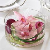 Idee Decoration Dans Un Vase De Forme Tulipe
