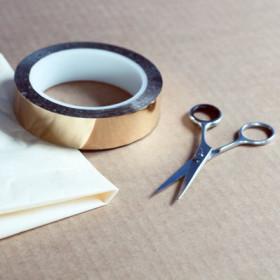 Réalisation de l'écriture en papier roulé