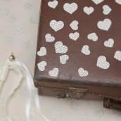 Les confettis de table coeurs vintage