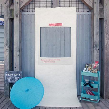 Le photobooth personnalisé polaroid