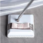 Le porte stylo gris et rose