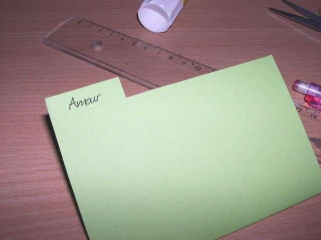 realisation modèle mariage exemple faire part invitation cartable thème école originaux chocolat et vert